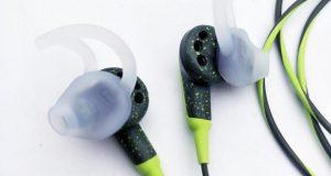 Bose SoundSport Free Wireless Headphones w/Charging Case - Black - NEW SEALED 8
