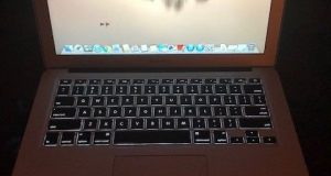 """Apple MacBook Air 13.3"""" Laptop - MD231LL/A (Sep, 2012) (Great Condition) 2"""