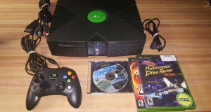 Microsoft XBOX Console System Original OG W/ 3 Games HALO & Component Cable 4