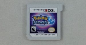 Pokemon Moon (Nintendo 3DS, 2017) Game Only (0633-US23) 4