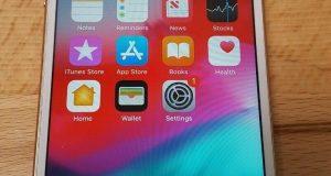 Apple iPhone 8 - 64 GB- Gold Model A1863 Unlocked CDMA+GSM (9410) 2